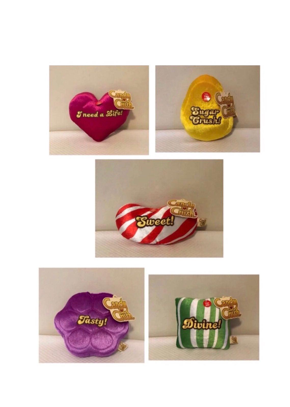 5 Candy Crush Talking Pillows!