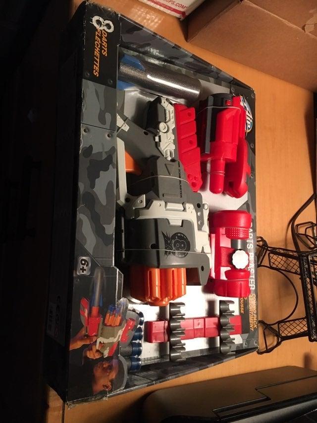 Air Zone 8 Dart Blaster