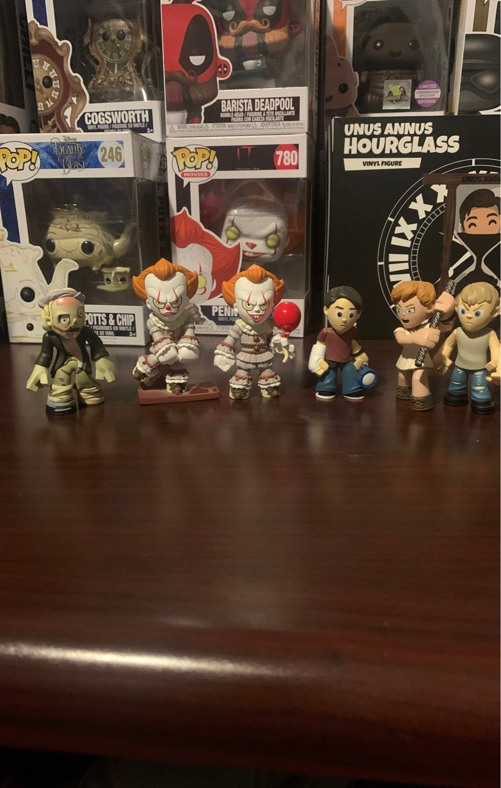 Pennywise myster figures