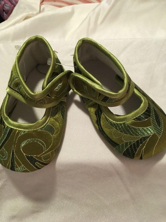 Infant girl Baby Bella Maya shoes New