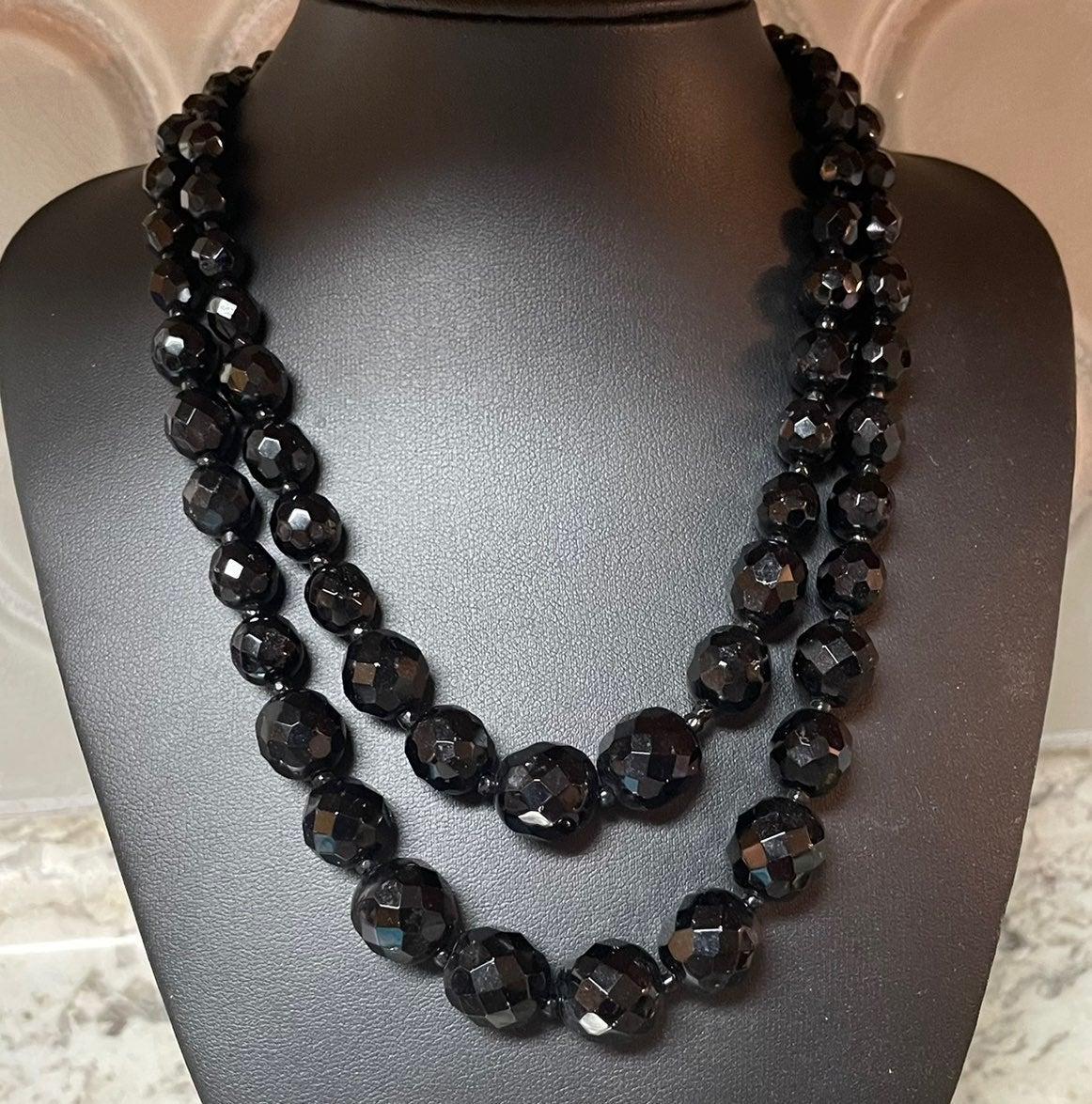 Vtg. Hobé Classy Black Czech Necklace