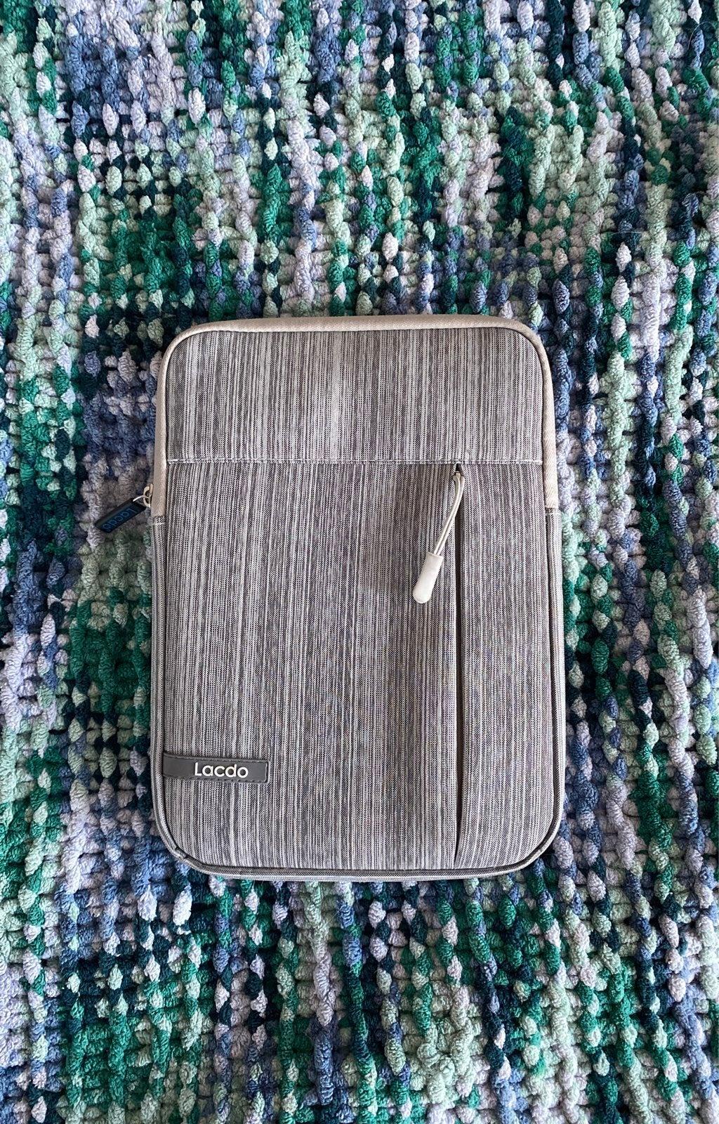 Lacdo Grey Zippered iPad Case