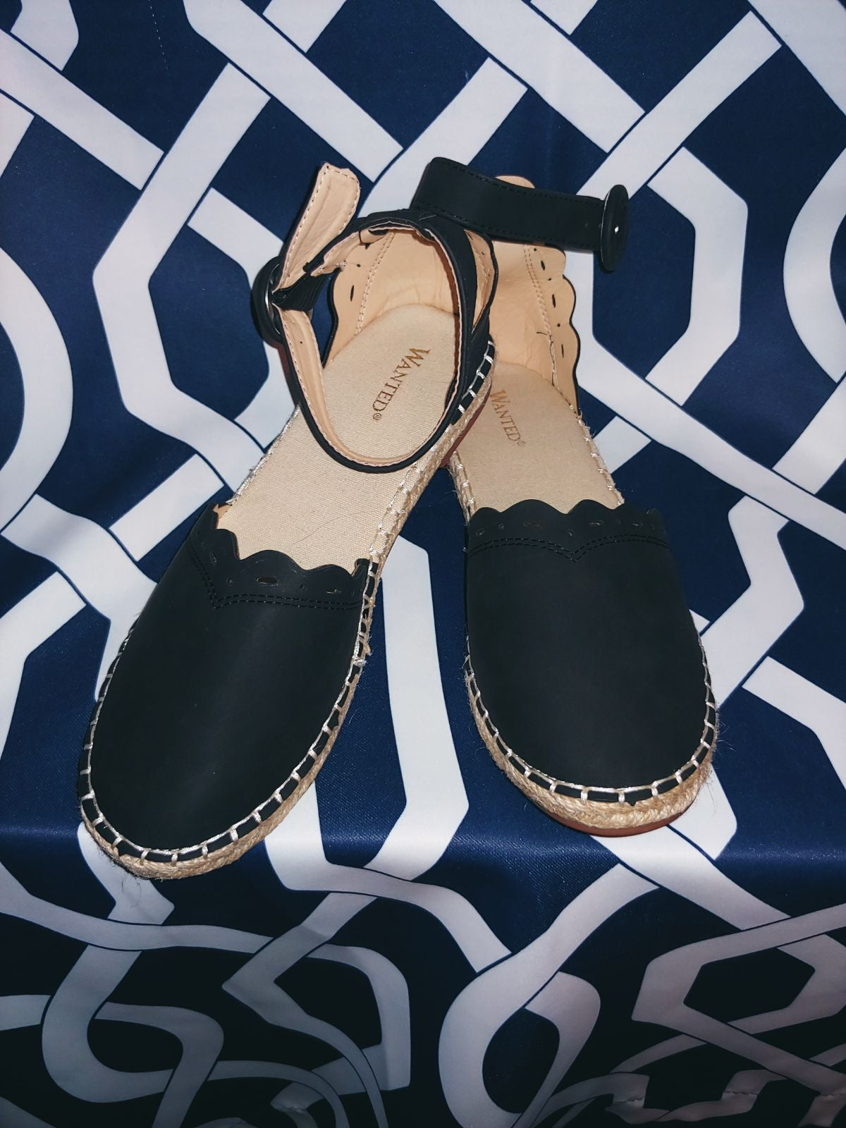 Ladies Close toe Sandal