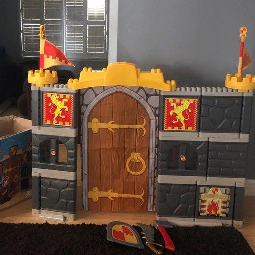 Mega Bloks Giant Adventure Castle
