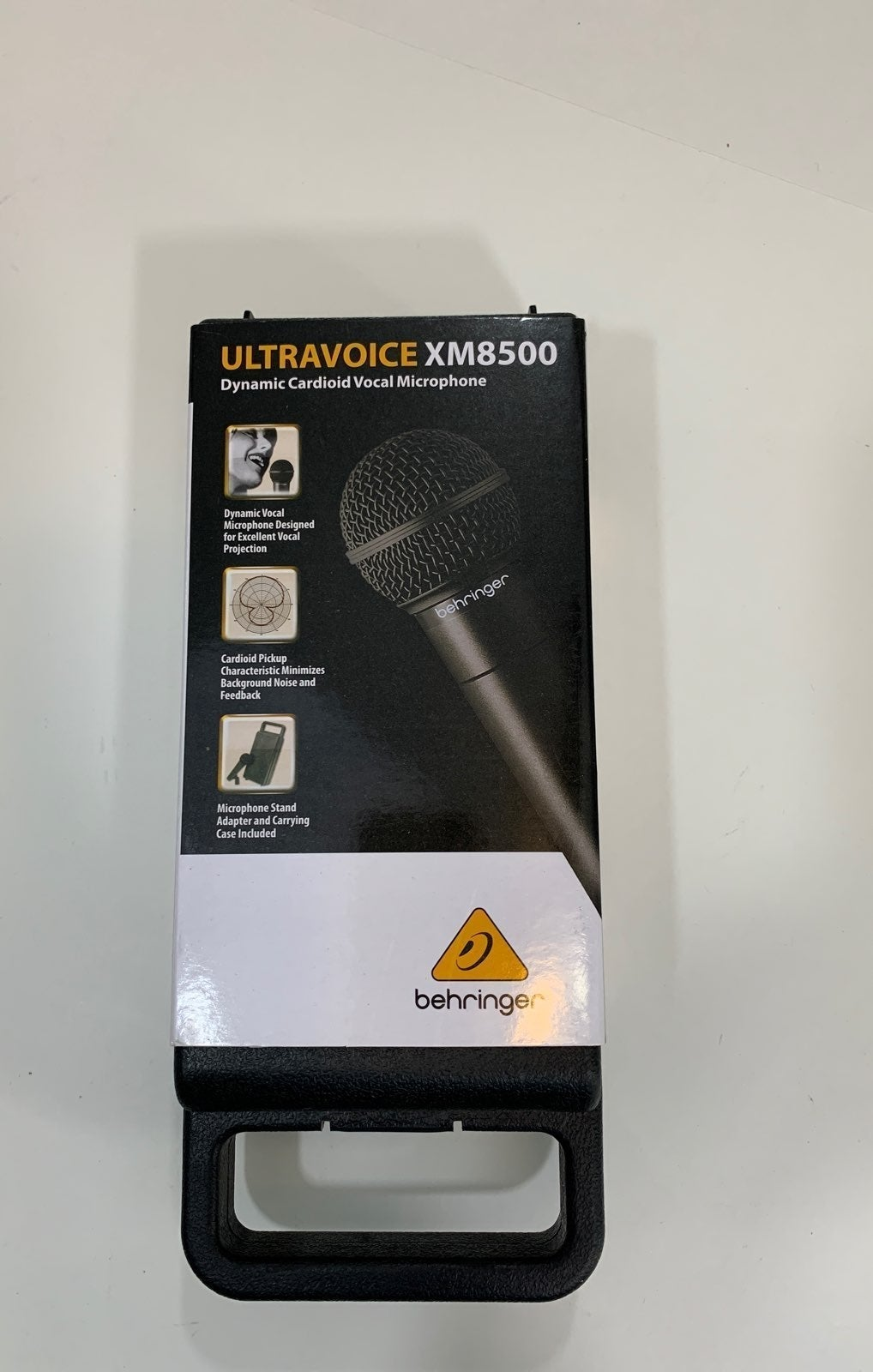 BEHRINGER XM 8500 Microphone & Cable