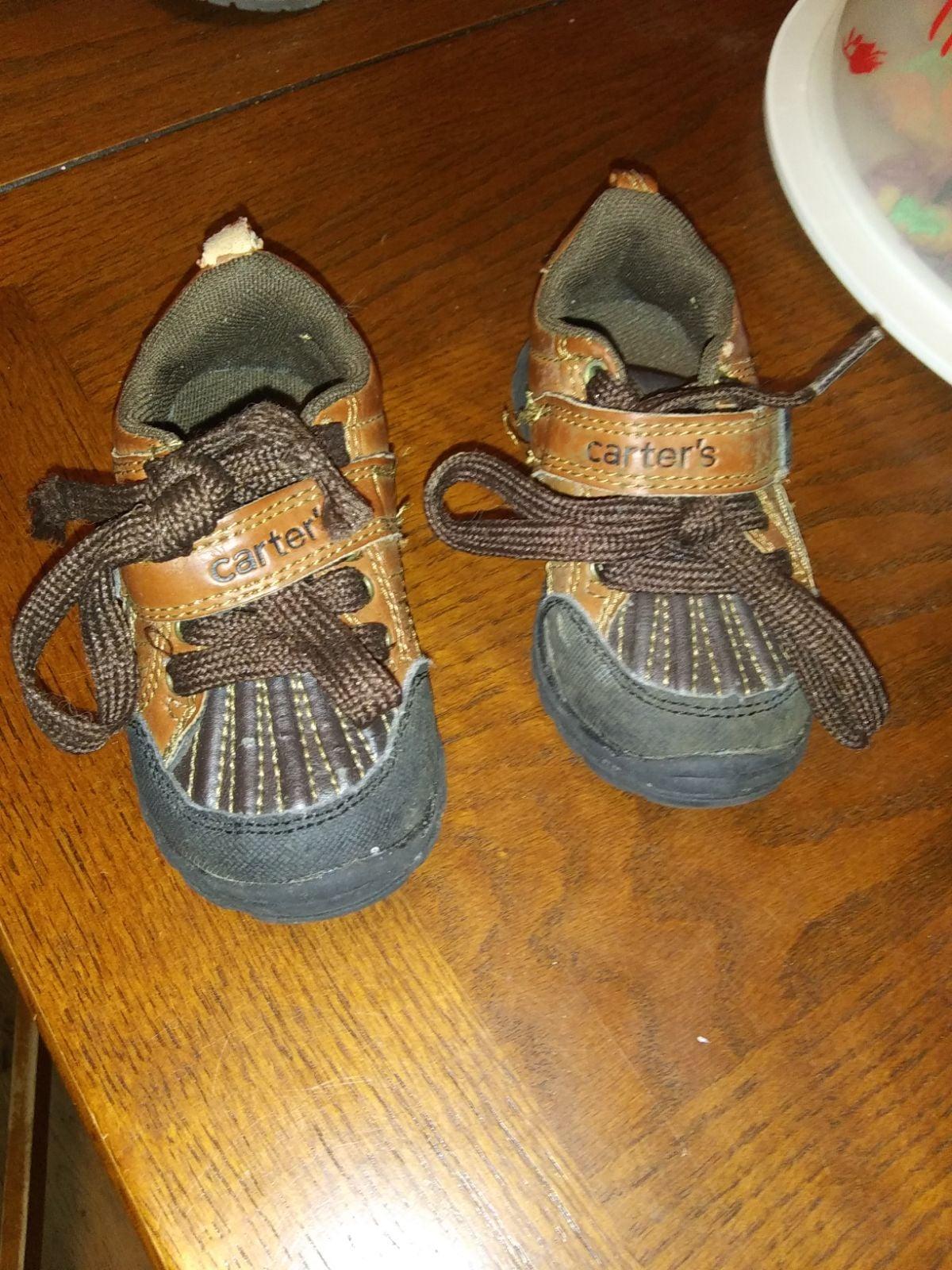 boys shoes size 5
