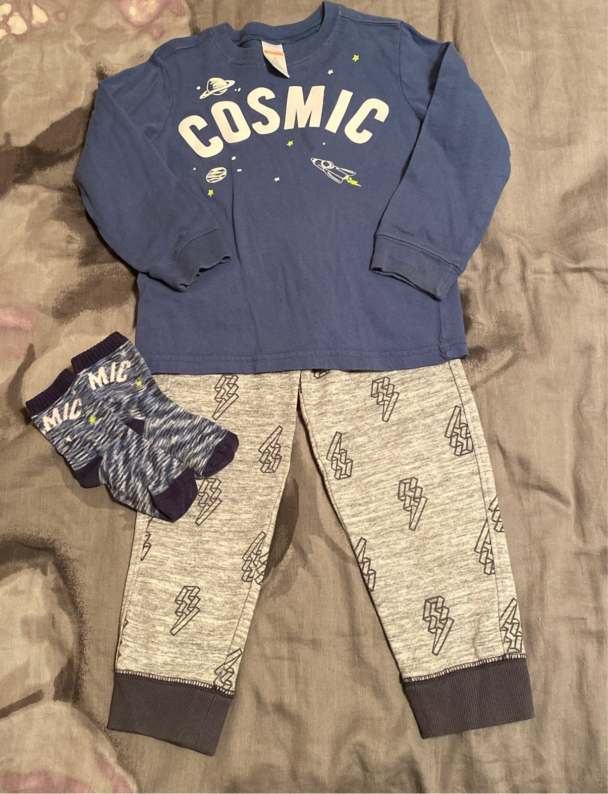 "Boys ""Cosmic"" Gymboree Outfit with match"