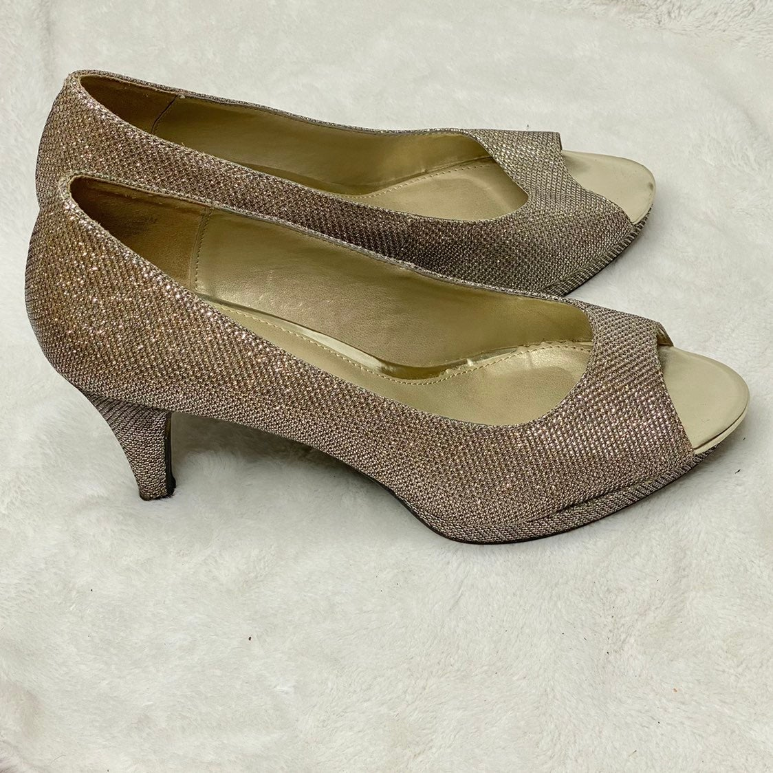 Bandolina Glitter Heels Size 9.5M