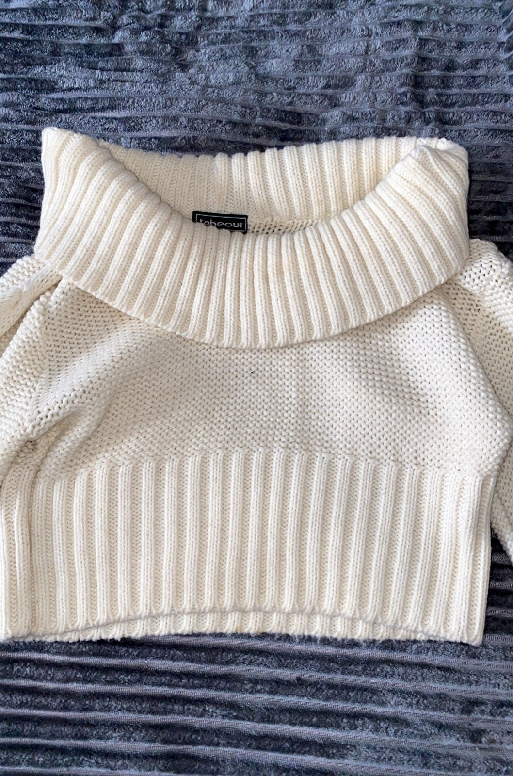 Cropped Knit Sweater!