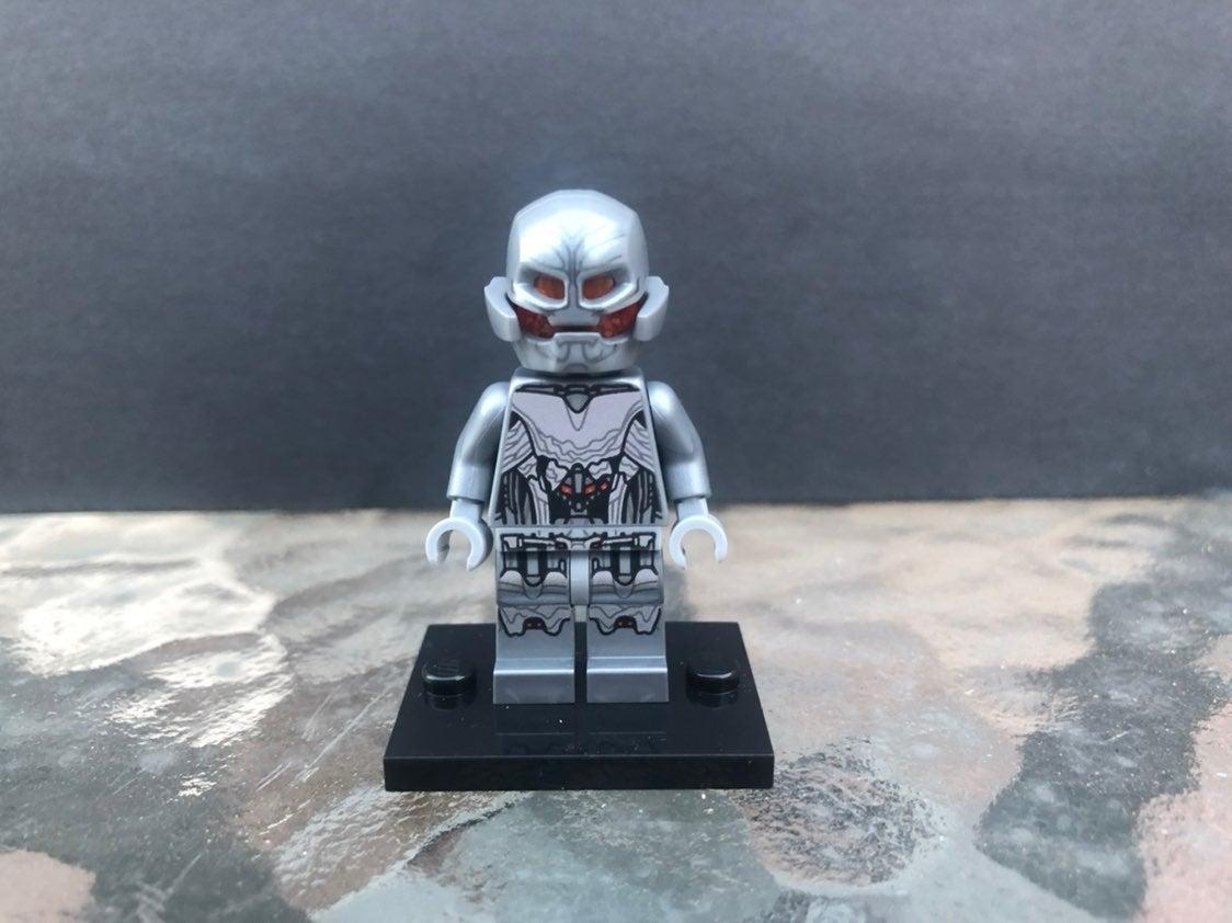LEGO Marvel Ultimate Ultron Minifigure