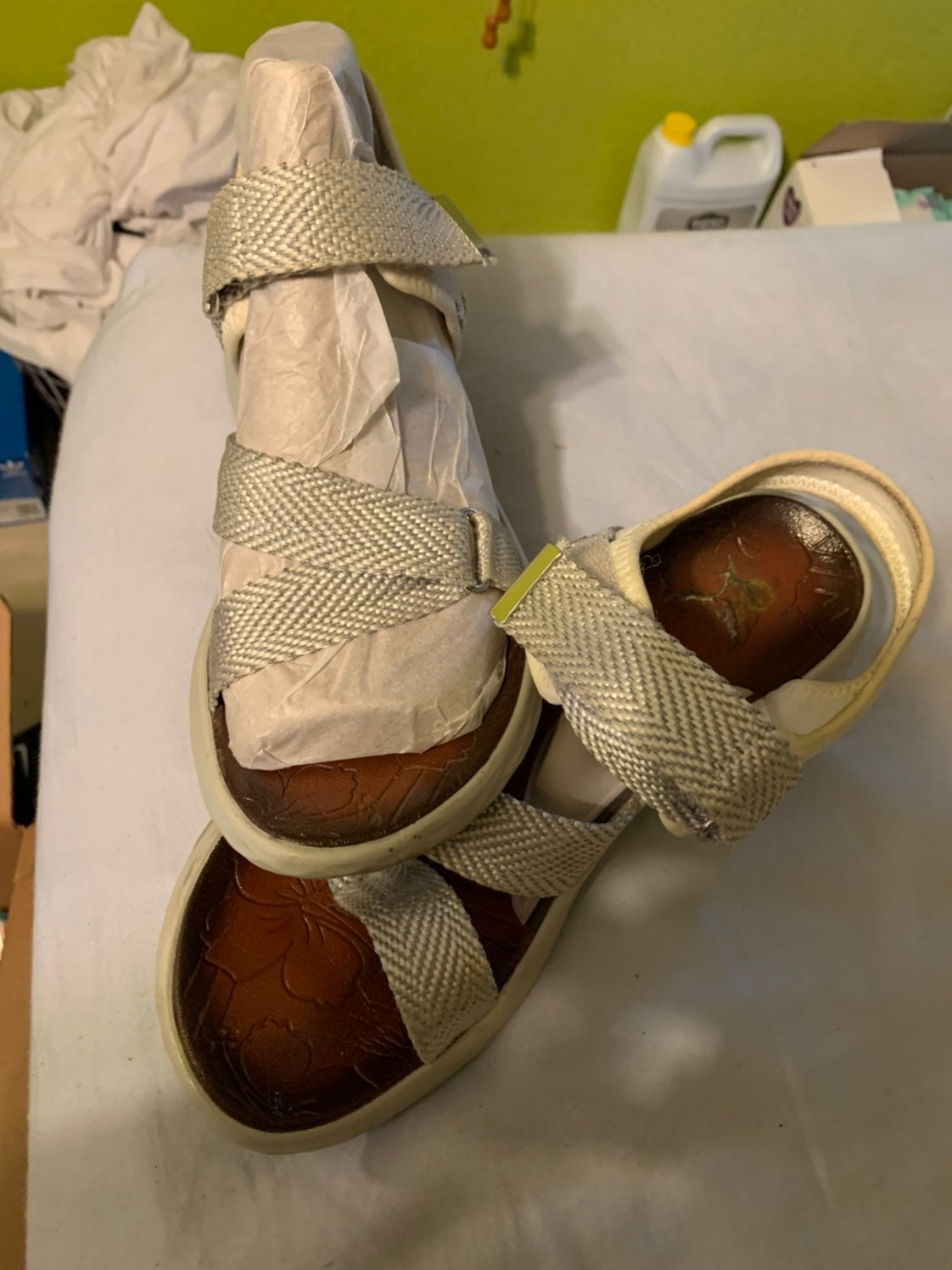 Womens wedged sandals