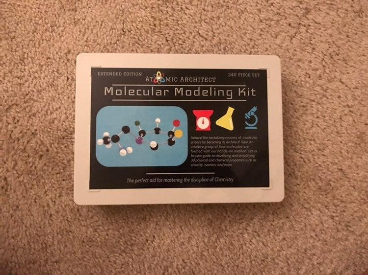 Molecular Modeling Kit (240 Pieces)