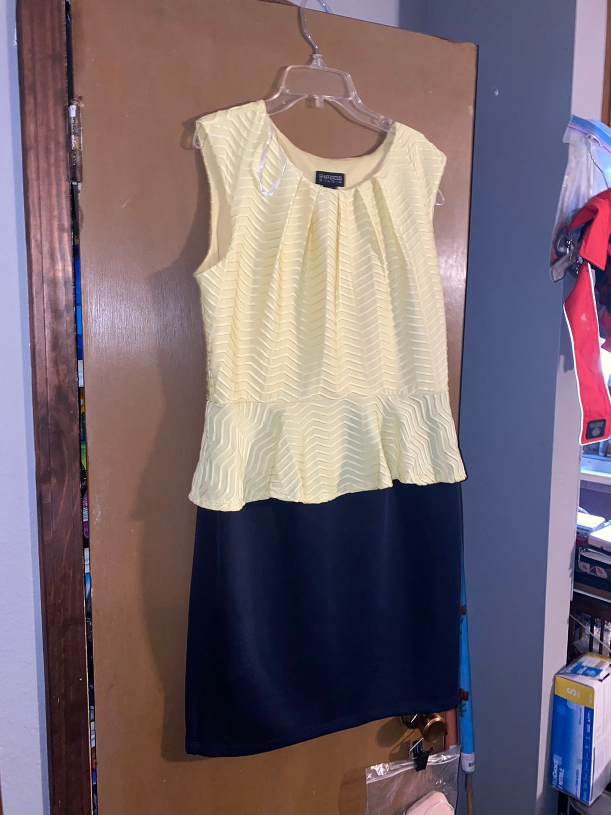 Dress womes size 14 (2)