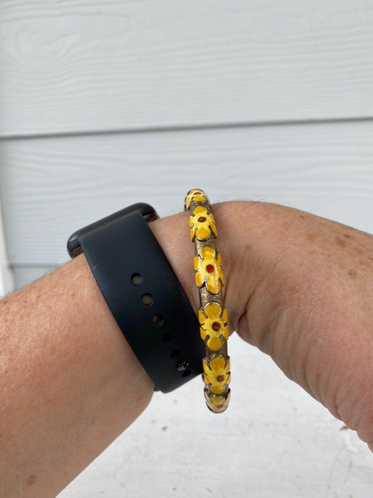 Vintage floral enamel bangle bracelet