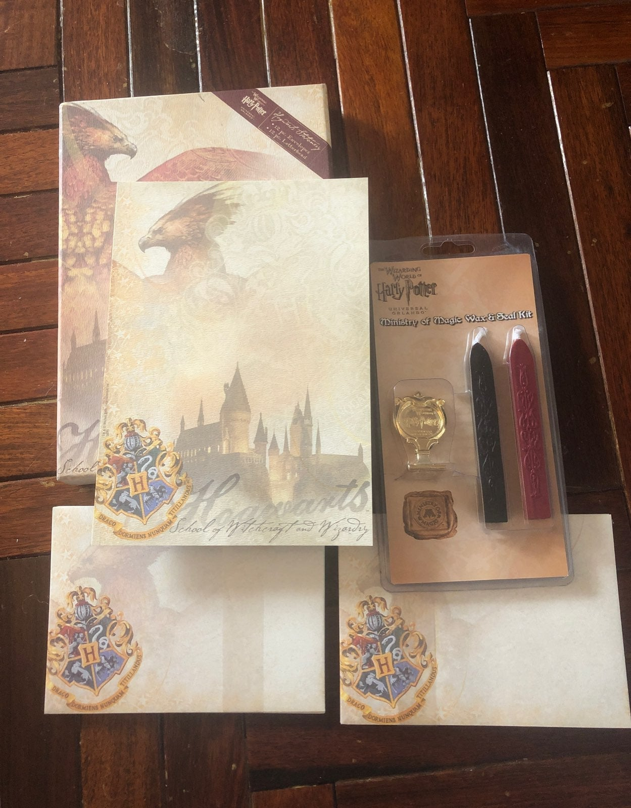 Harry Potter Stamp and Stationary set!