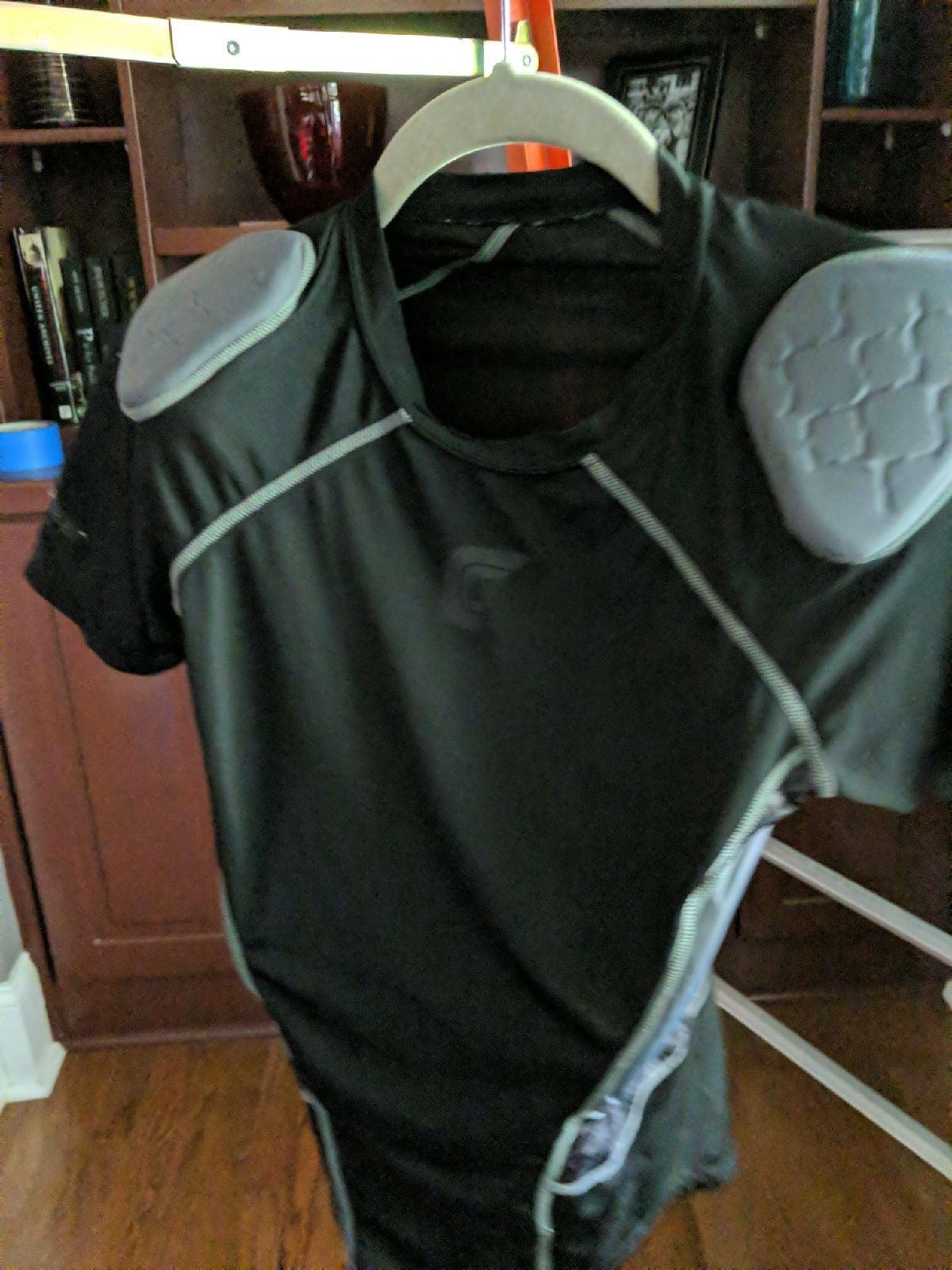 Football padded youth L/XL shirts buddle