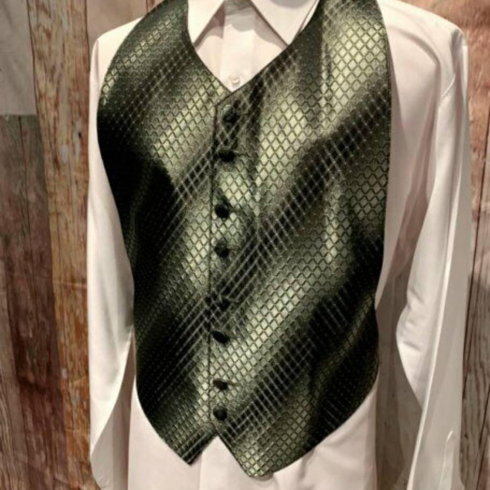Green Adjustable Tuxedo Vest Bow Tie