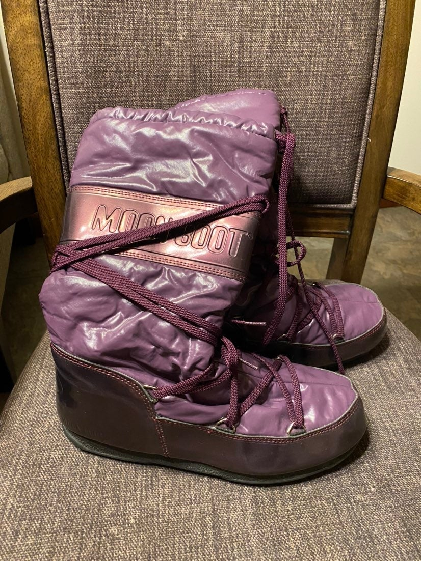Moon Boots Tecnica size 40 purple