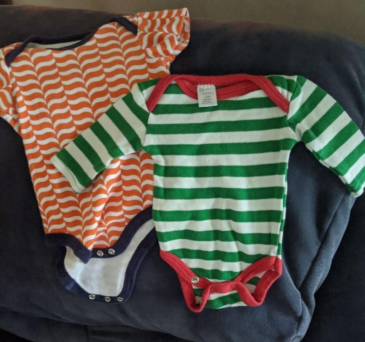 baby onesies (2)