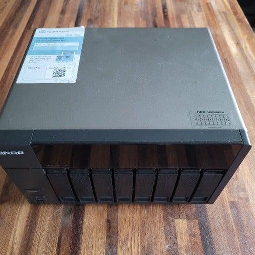 QNAP TS-853 Storage Server, 16gb Ram (NO DRIVES)