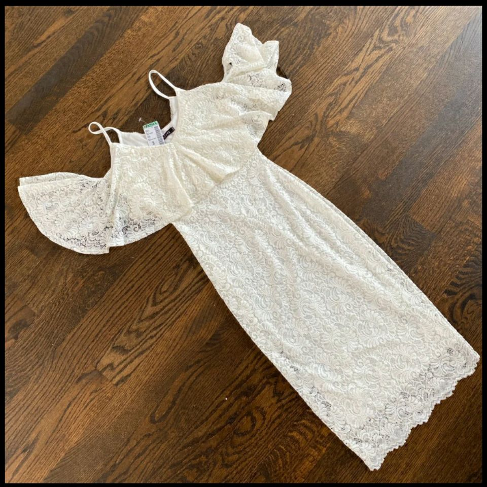 White lace bodycon midi flounce dress