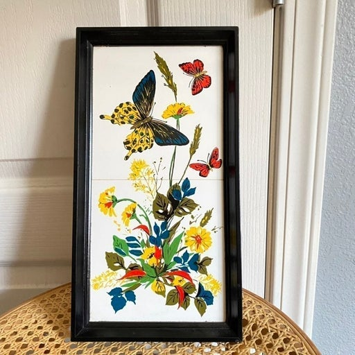 Vintage Floral Butterly Art