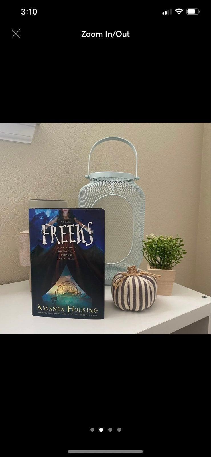 Freeks, Amanda Hocking, Book