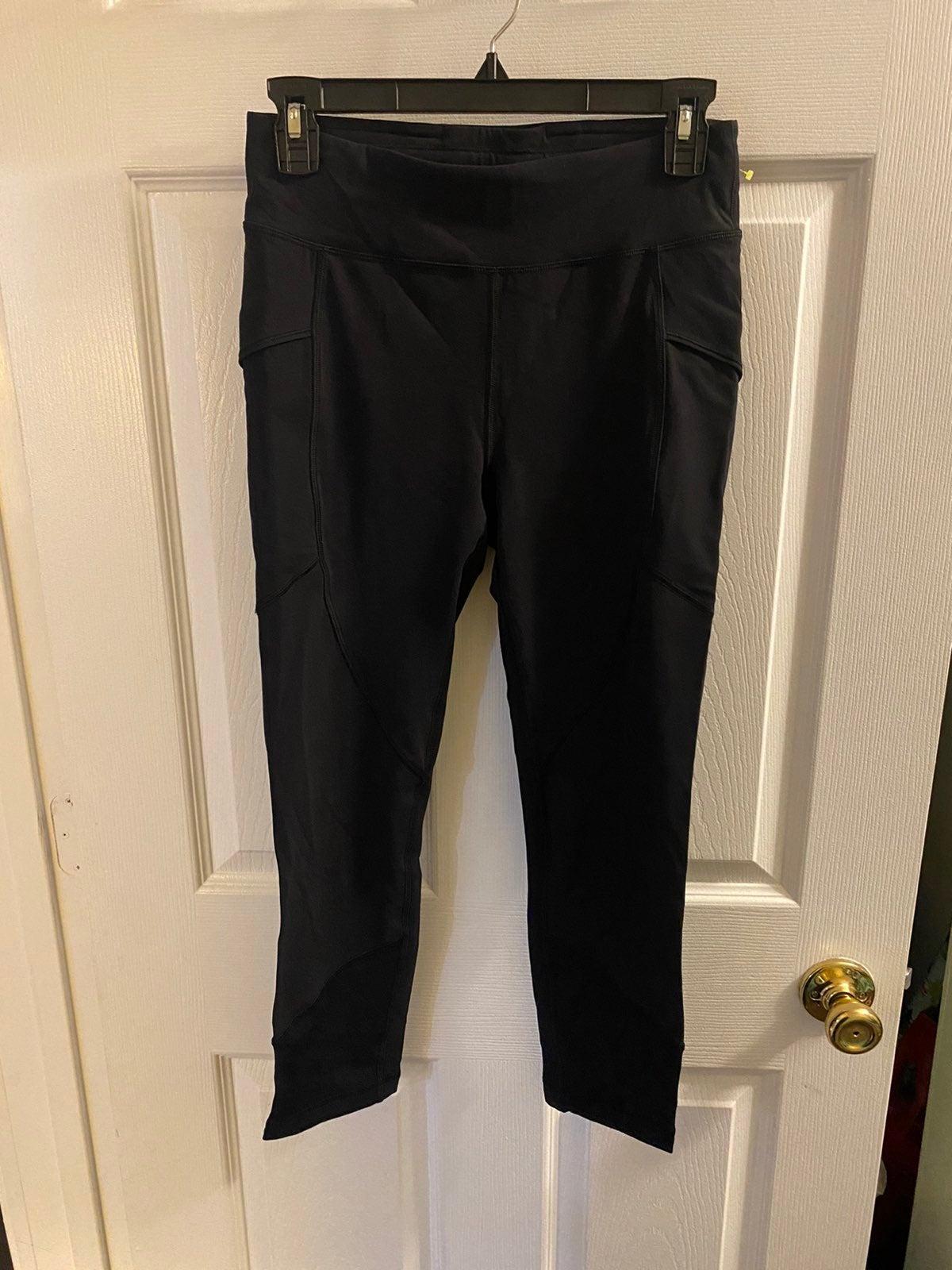Lululemon black leggings sz 8 like new