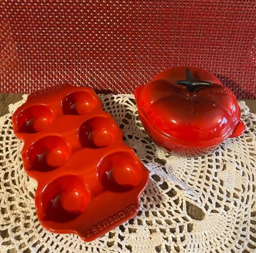 Le Creuset cerise stoneware egg tomato