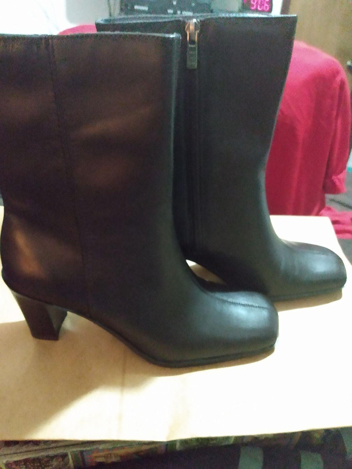 Tommy Hilfiger women boots