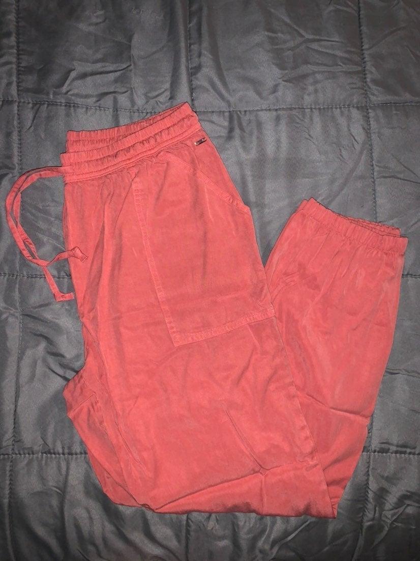 VS pink lounge pants