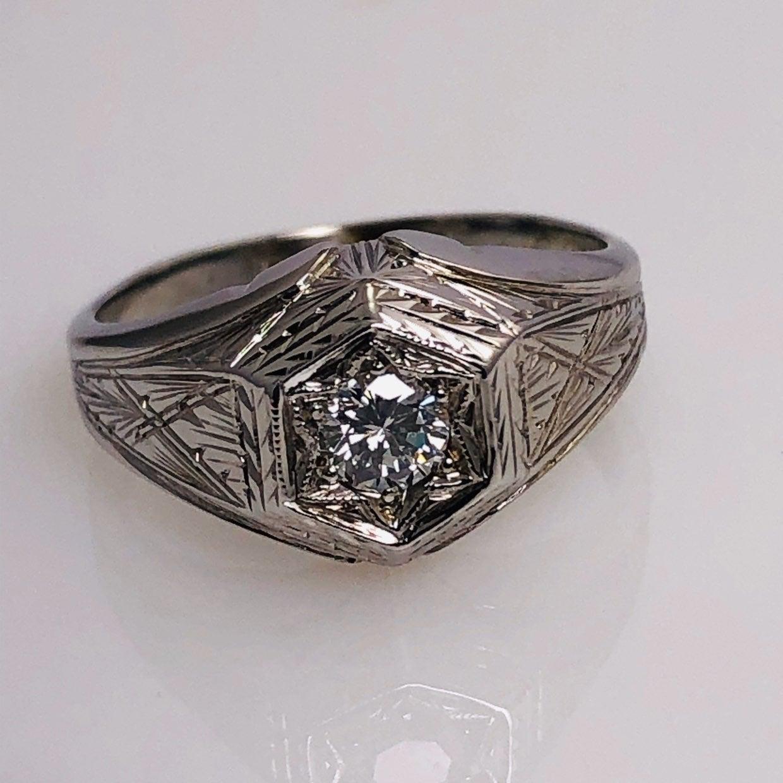 Antique Natural Diamond Ladies Ring