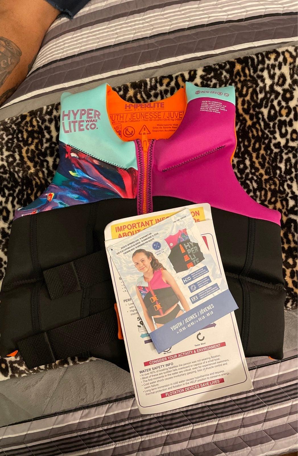 Youth Hyper Lite life vest