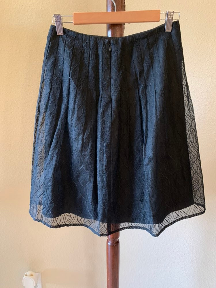 Kay Unger lace skirt