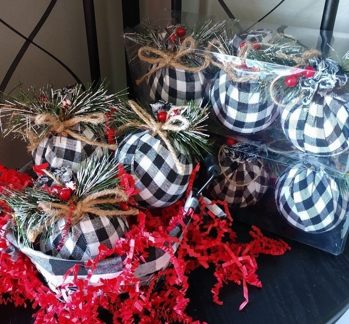 Farmhouse Christmas Ornaments/9