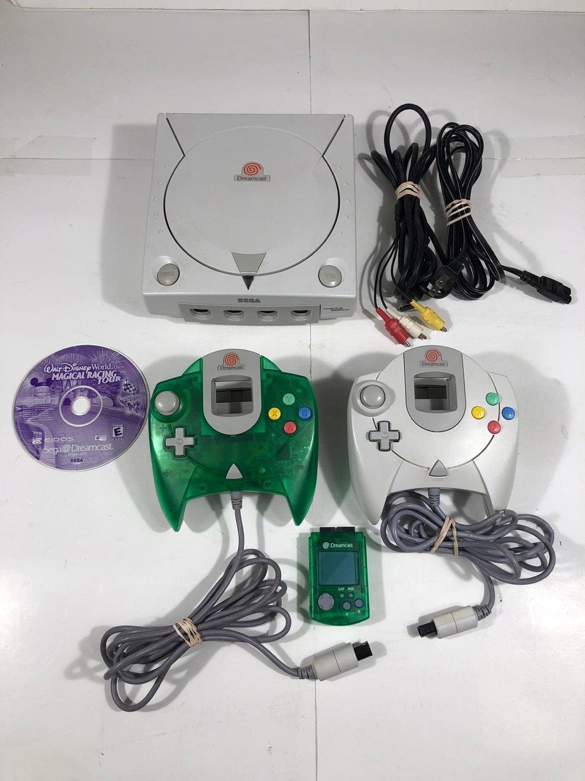 Sega Dreamcast Bundle - MINT CONDITION