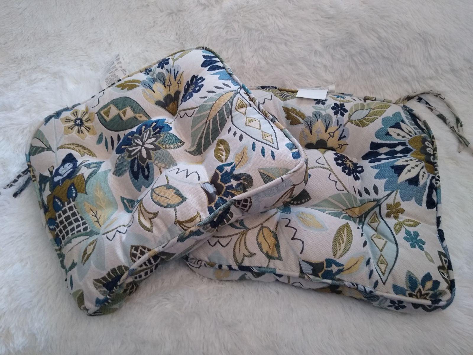 Brentwood Originals Cushions