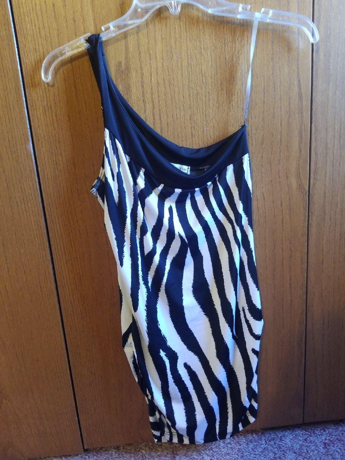Zebra One shoulder top