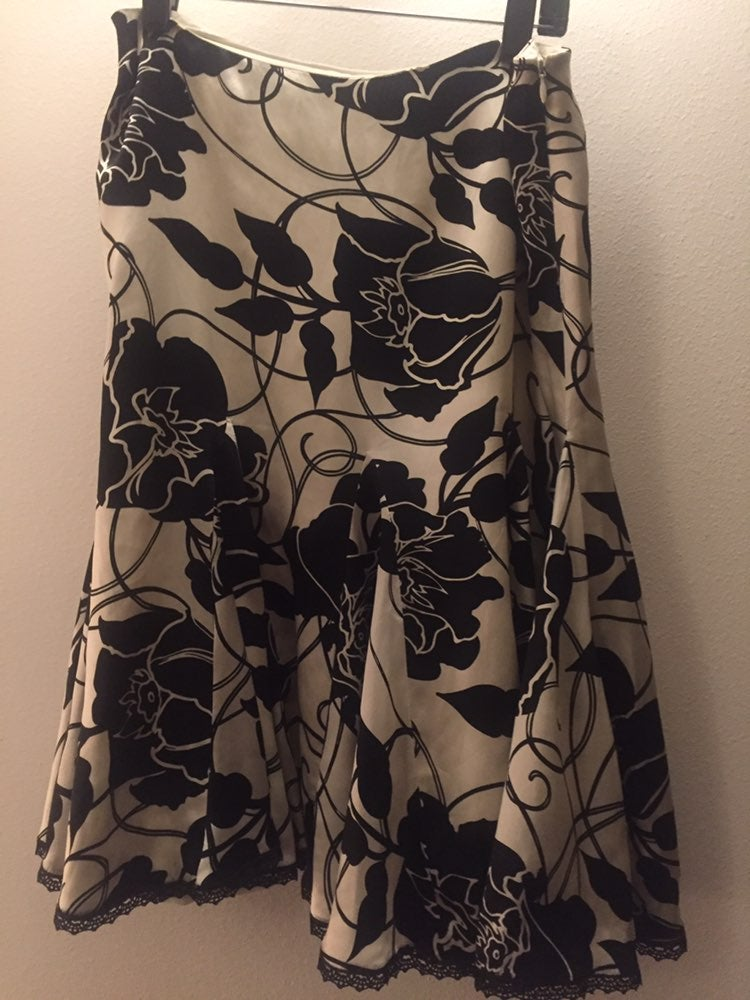 white house black market Outfit Size 4