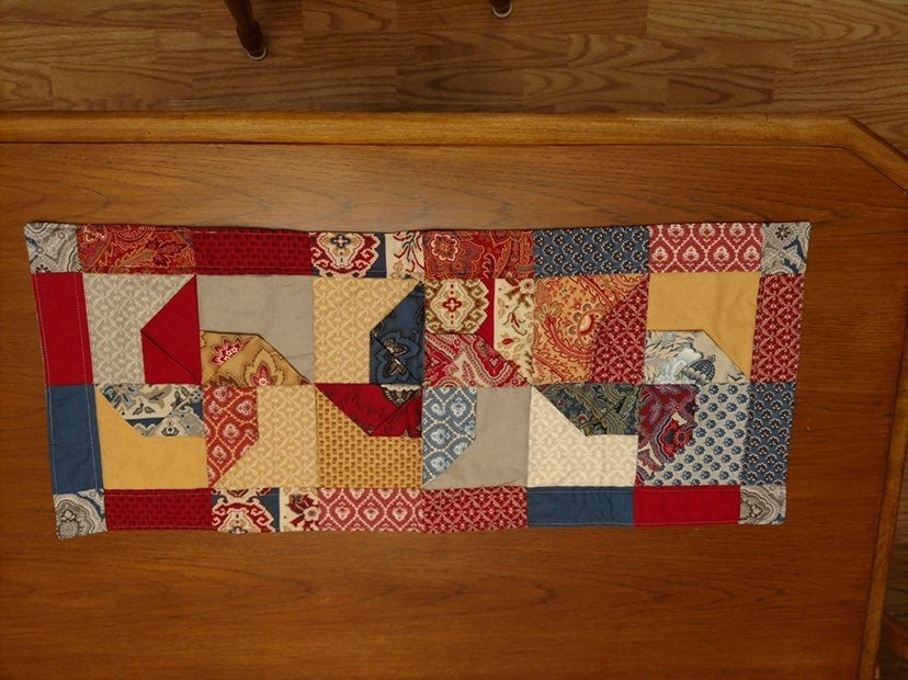 Handmade 3D pinwheel table runner