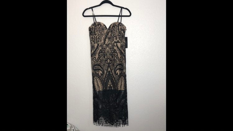 NWT Lulu's Black & Cream Lace MIDI Dress