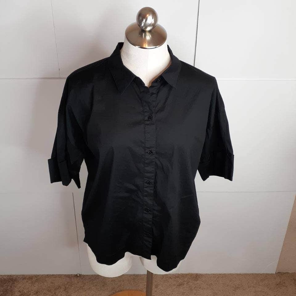 Eileen Fisher M Classic Boxy Blouse