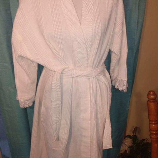 crabtree and evalyn robes