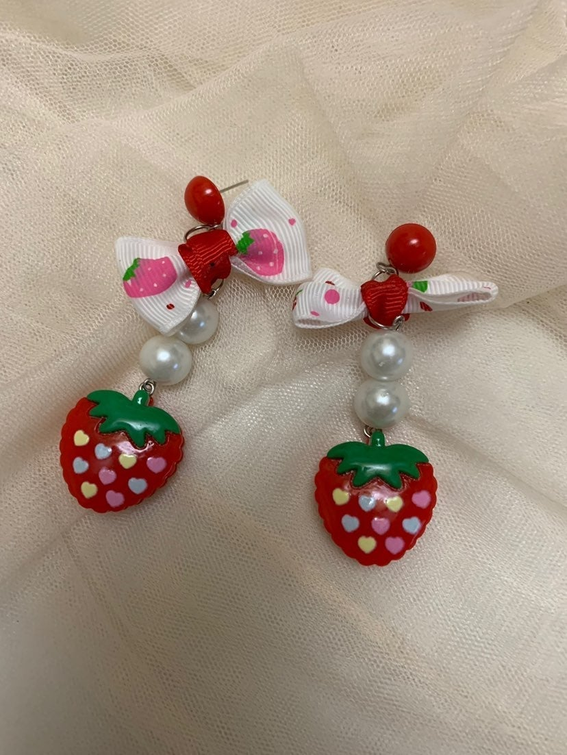 Earrings Strawberry