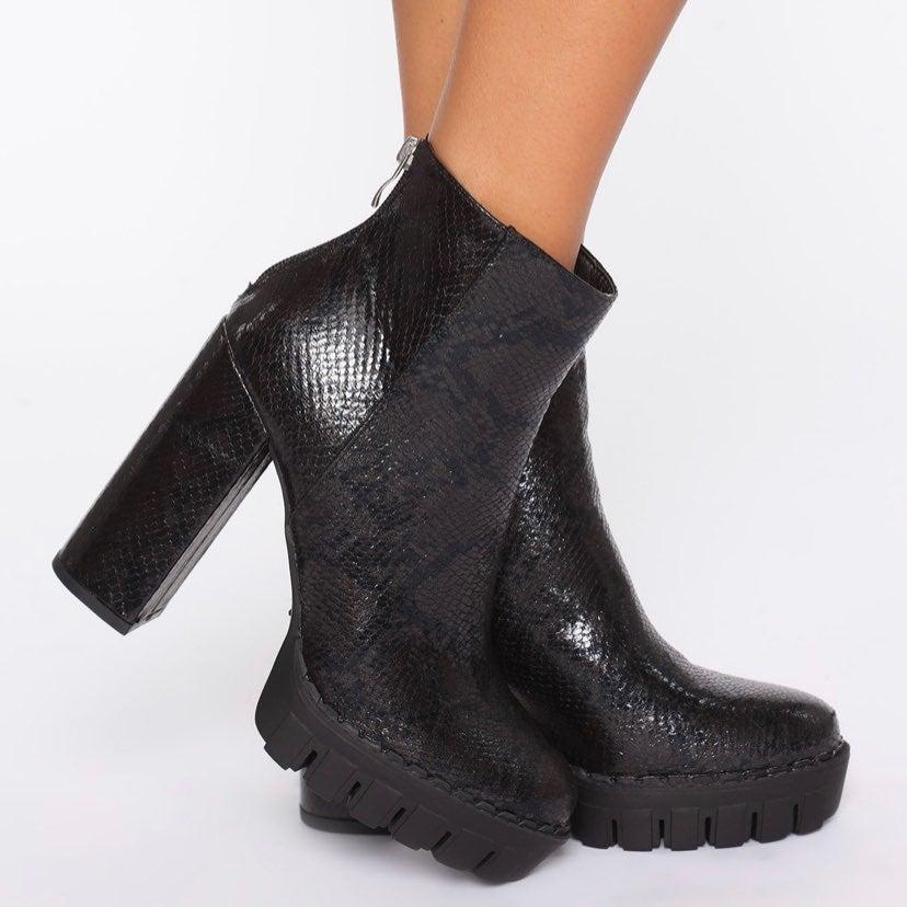 Fashion Nova Snake Skin Block Heel Boots