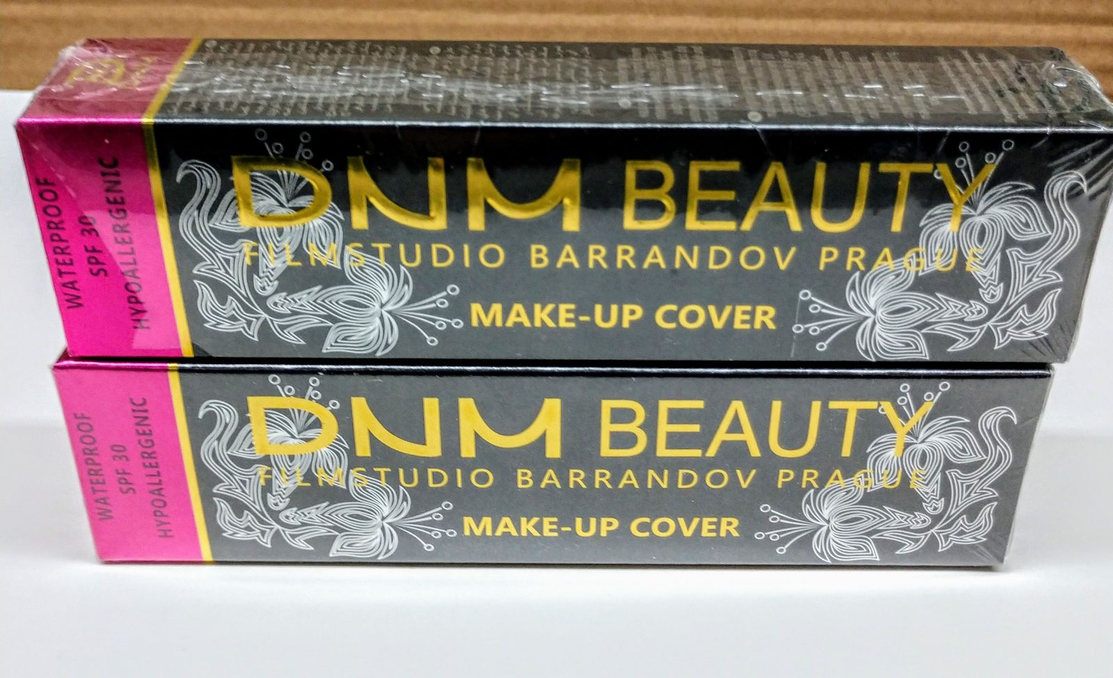 DNM Beauty Make-up Cover