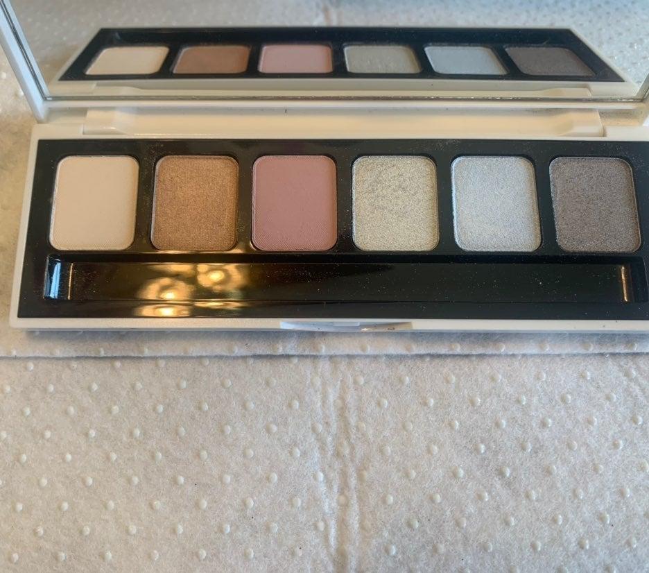 Bobbi Brown Pastel Brights Eye Palette R