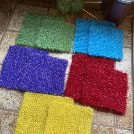 5 Pack 5.5in and 6.5in Hand Knitted Scru