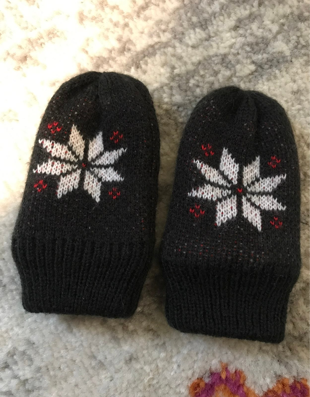 The North Face Baby Mittens