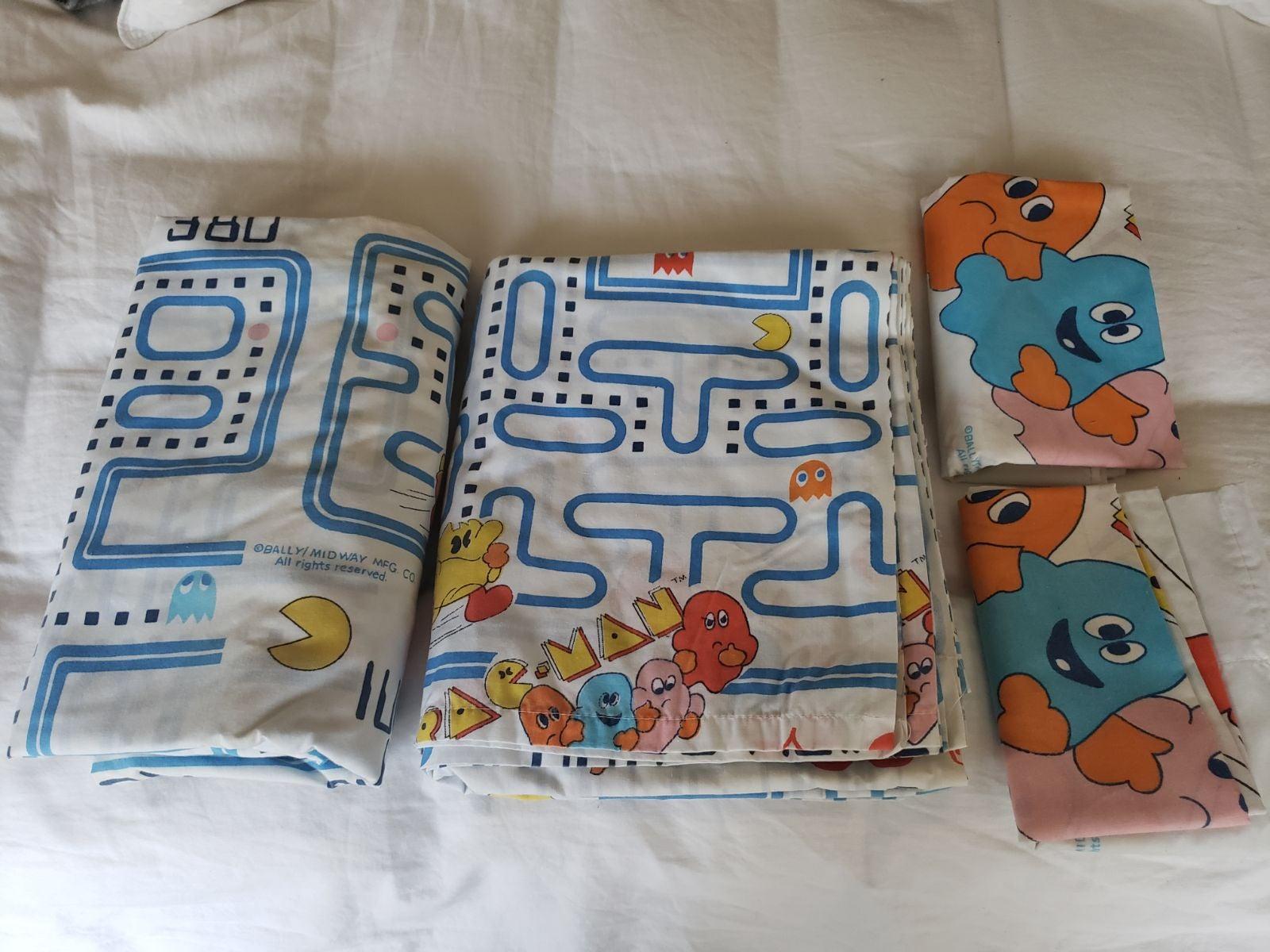 RESERVED Vintage Pac-Man Twin Sheet Set!